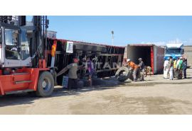 Madagascar customers received 3 axle flatbed trailer