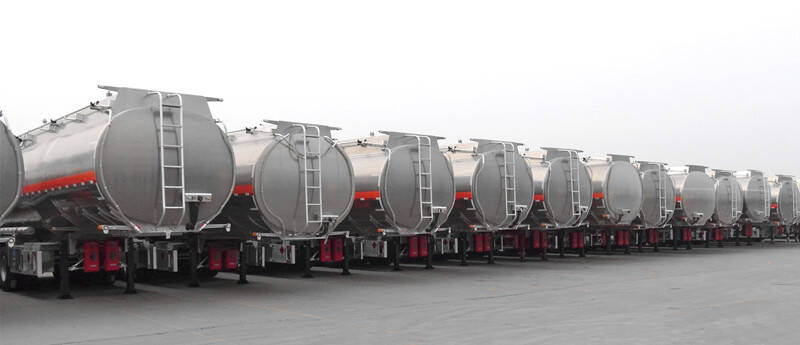 TITAN Fuel Tanker Trailer